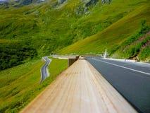 italy bergväg arkivfoto