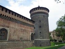 Italy Di Milão de Castello Sforzesco Torre Imagens de Stock Royalty Free