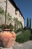 italy för landshus sida traditionella tuscany Royaltyfri Bild