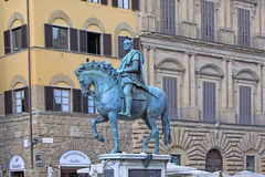 italy Florence Rid- staty av Cosimo I de 'Medici, storslagen hertig av Tuscany arkivbilder