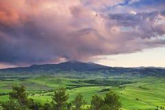 italy Landskap av Tuscany arkivfoto