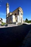 italy Lombardy w carnago zamykał ceglanego kroka w Zdjęcia Stock