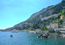 Italy Penhascos altos e o mar Fotos de Stock Royalty Free