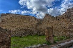 italy pompei 02,01,2018 Hemmet av den forntida romaren fördärvar, Arkivbilder