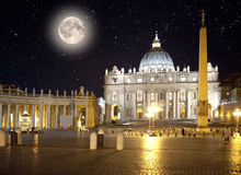 Italy roma vatican Quadrado de Peter de Saint na noite Foto de Stock