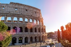 italy rome December 05, 2017: Colosseum i Rome italy soligt Arkivfoto