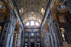 italy rome vatican basilicapeter s st Inomhus sikt arkivbilder