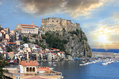 Italy.Scilla Kasteel, Calabrië royalty-vrije stock afbeelding