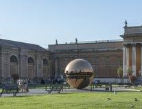 Italy vatican A disposição do globo nos cones quadrados Fotografia de Stock