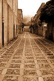 Italy velho, Sicília, montanhas, névoa na cidade de Eriche foto de stock royalty free