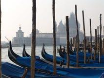italy Venedig gondoler Arkivbild