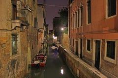 italy venice Kanaler på natten Arkivfoto