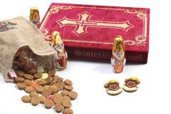 Items tradicionales de Sinterklaas fotos de archivo libres de regalías