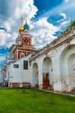 Itercession av portkyrkan för helig oskuld Arkivbilder