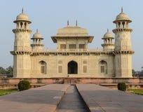 Itimad-ud-Daulah в Агре Индии Стоковая Фотография