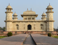 Itimad-ud-Daulah i Agra Indien Arkivbild