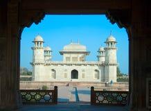 Itimad-ud-Daulah oder Schätzchen Taj in Agra, Indien Stockfotos