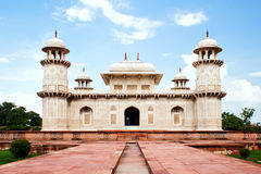 Itimad udDaulah tomb i Agra Arkivbild