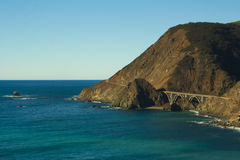 Itinéraire d'état de la Californie un (1) Images stock