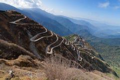 Itinéraire de route et en soie sinueux de commerce entre la Chine et Inde Photographie stock libre de droits