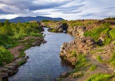 Itinéraire de touristes Islande Scandinavie de cercle d'or de parc national de Thingvellir image stock