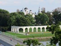 Itinéraires commerciaux - le deuxième centre dans Veliky Novgorod photos stock