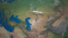 Itinerario del volo commerciale dell'aeroplano da Pechino a Londra il globo della terra royalty illustrazione gratis