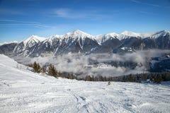 Itinerario dello sci in alpi Fotografie Stock Libere da Diritti