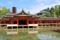 Япония: Святыня Itsukushima синтоистская Стоковое Изображение