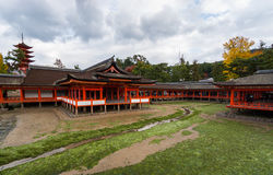 Itsukushima-jinja shrine on the island of Miyajima (Itsukushima) Stock Photography