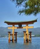 Itsukushima Miyajima Torii, portes de flottement images stock
