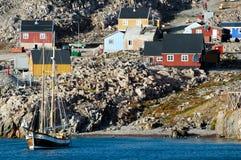 Ittoqqortoormiitdorp - Groenland royalty-vrije stock afbeeldingen