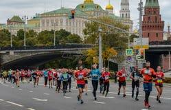 2016 09 25: IV de Marathon van Moskou 36-ste km-marathonafstand Royalty-vrije Stock Afbeelding