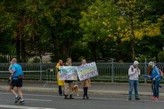 2016 09 25: IV de Marathon van Moskou 36-ste km-marathonafstand Royalty-vrije Stock Afbeeldingen