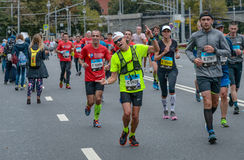 2016 09 25: IV maratón de Moscú 36.a distancia del maratón del kilómetro Fotos de archivo libres de regalías