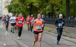 2016 09 25 : IV marathon de Moscou 24ème kilomètre de l'itinéraire de marathon Photographie stock