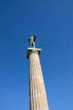 Ivan MeÅ ¡ troviÄ ‡ 's Pobednik statua zwycięzca w Belgrade Fortecznym terenie Serbia Fotografia Stock