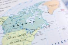 Ivanovsk, Россия - 24-ое ноября 2018: Канада на карте мира стоковые изображения rf