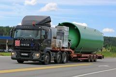 Iveco halvt Trasports industriellt objekt Fotografering för Bildbyråer