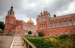 Iversky修道院在翼果,俄罗斯的夏日 免版税库存照片