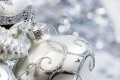 Free Ivory And Silver Christmas Ornaments Stock Photography - 37120712