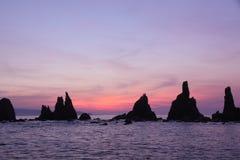 Iwa skały przy świtem zdjęcia royalty free