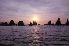 Iwa skały przy świtem fotografia stock