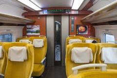 Iwate Japonia, Kwiecień, - 27,2014: Wśrodku E6 Shinkansen serii Zdjęcie Royalty Free