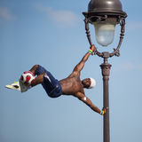 Фантастическое представление шарика Iya Traore на холме Montmartre Стоковые Фото