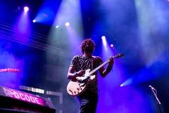 Izal musikband i konsert på den Dcode festivalen Royaltyfri Fotografi