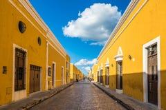 Izamal, de gele koloniale stad van Yucatan, Mexico stock foto