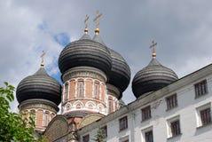 Izmailovo庄园建筑学在莫斯科 大教堂调解莫斯科红色俄国广场 免版税库存图片