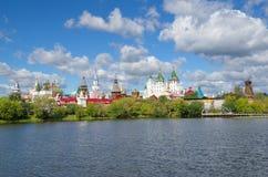Izmailovo Κρεμλίνο και λίμνη, Μόσχα, Ρωσία Στοκ Εικόνες