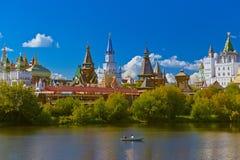 Izmailovo Κρεμλίνο και λίμνη - Μόσχα ρωσικά Στοκ εικόνες με δικαίωμα ελεύθερης χρήσης
